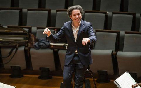Felicitación de cumpleaños por sorpresa en la Filarmónica de Berlín a uno de sus músicos