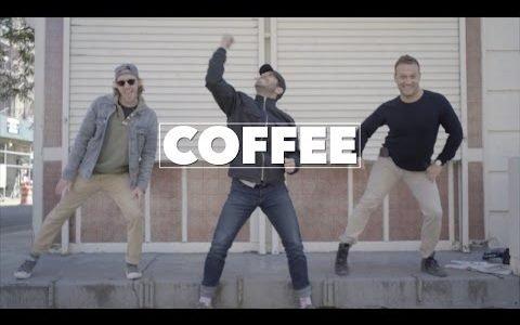 Cuando alguien te trae café