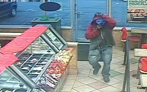 Cuando no se te da bien nada en la vida y decides robar en un Subway