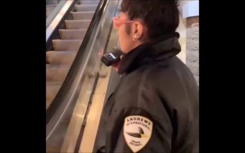 Te ven con un trineo subiendo unas escaleras mecánicas y ya dan por hecho que te vas a tirar con él...