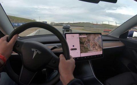 Tesla Model 3: El eléctrico de producción más rápido en Laguna Seca
