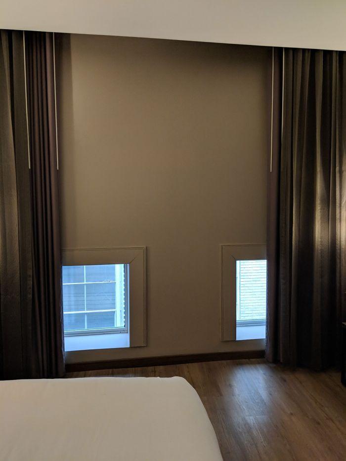 Cuando pillas un hotel barato [33 fotos]