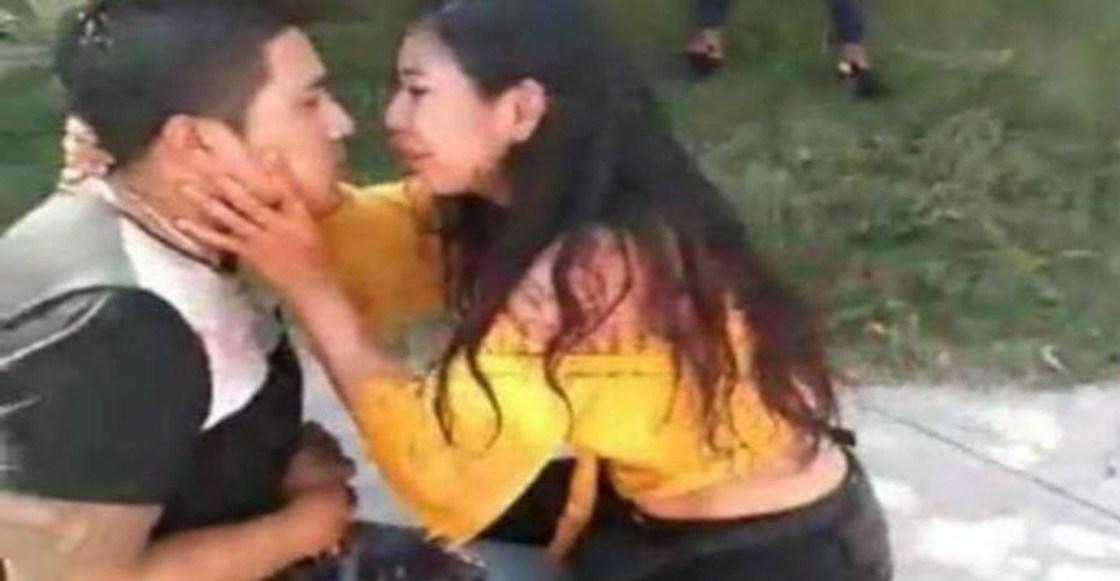 Mujer apuñala a su novio y le pide perdón con besos y abrazos mientras llega la ambulancia
