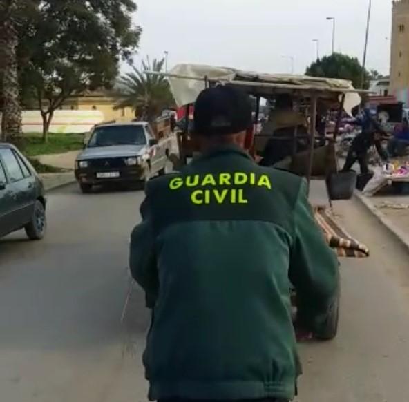Cada vez les dan menos recursos a los Guardias Civiles...