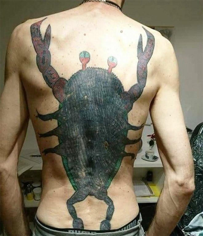 Cuando te acabas de sacar el título de tatuador en CCC