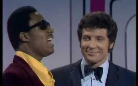 Stevie Wonder y Tom Jones mano a mano en 1969