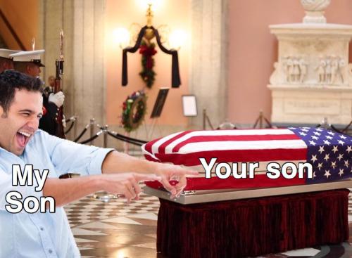 Mi hijo es militar, ¿a qué quieres que te gane?