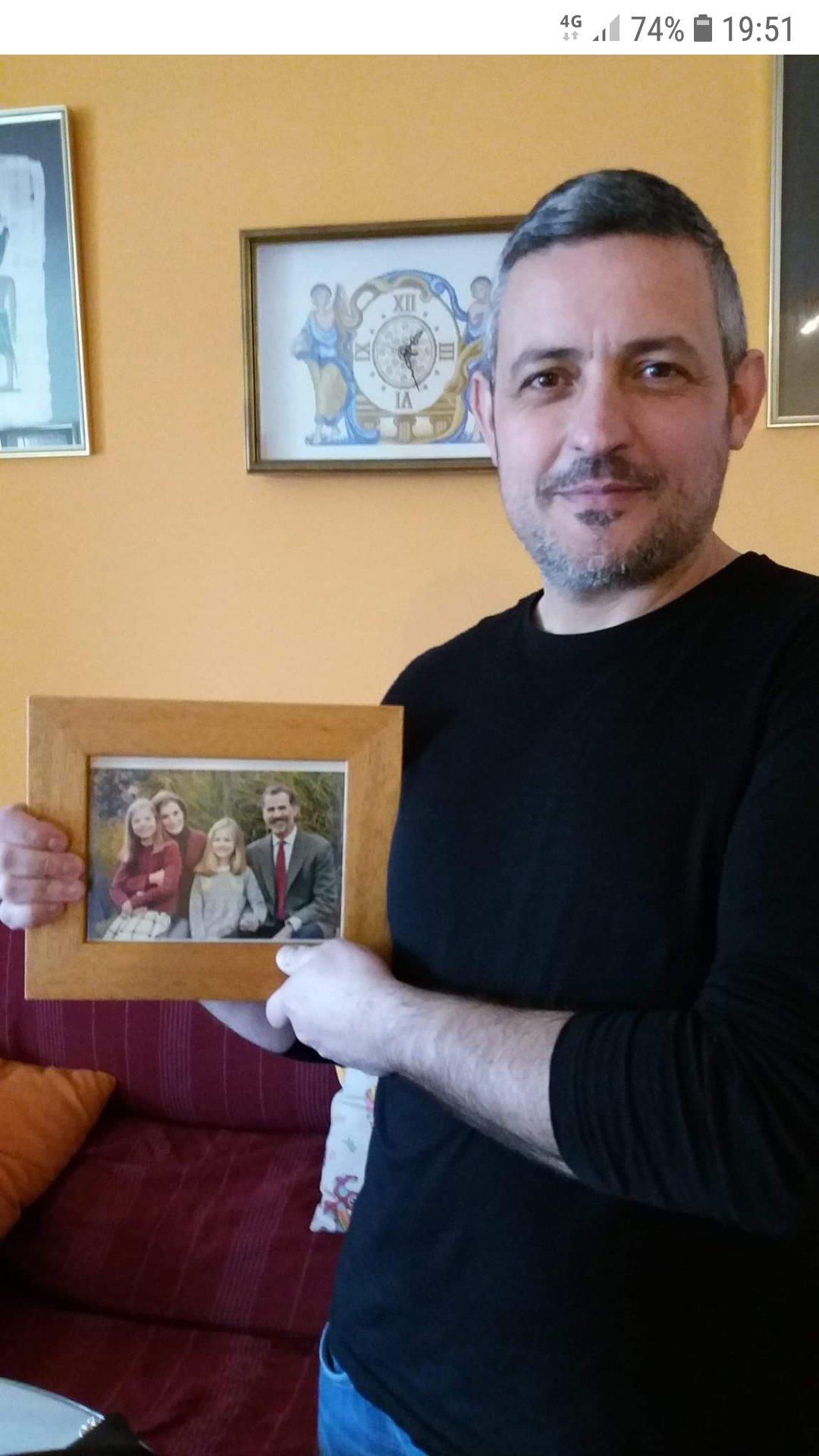 Raja Padilla ha apadrinado a una familia desestructurada