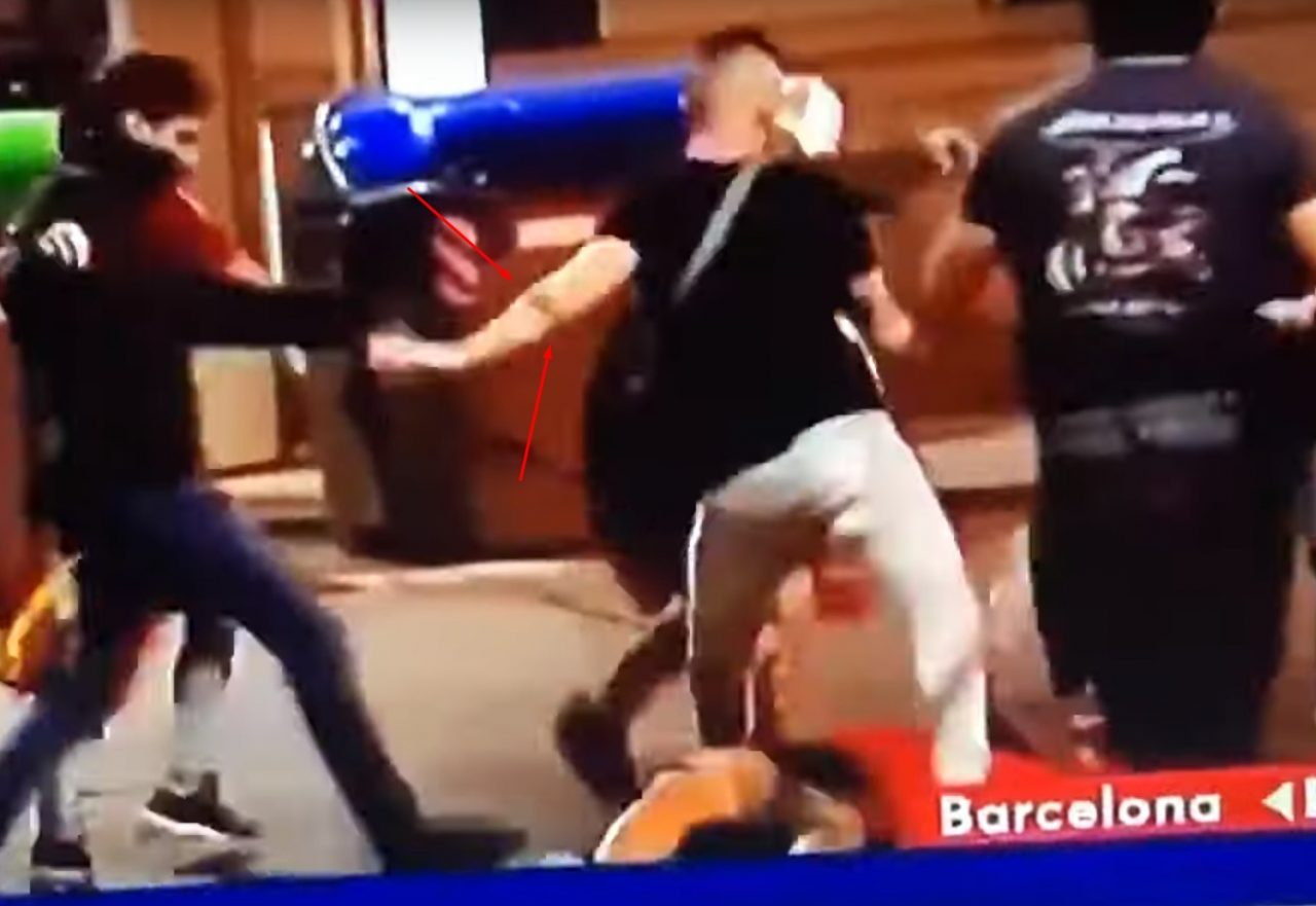 Xavi, de hermano mayor, a dar palizas en Barcelona