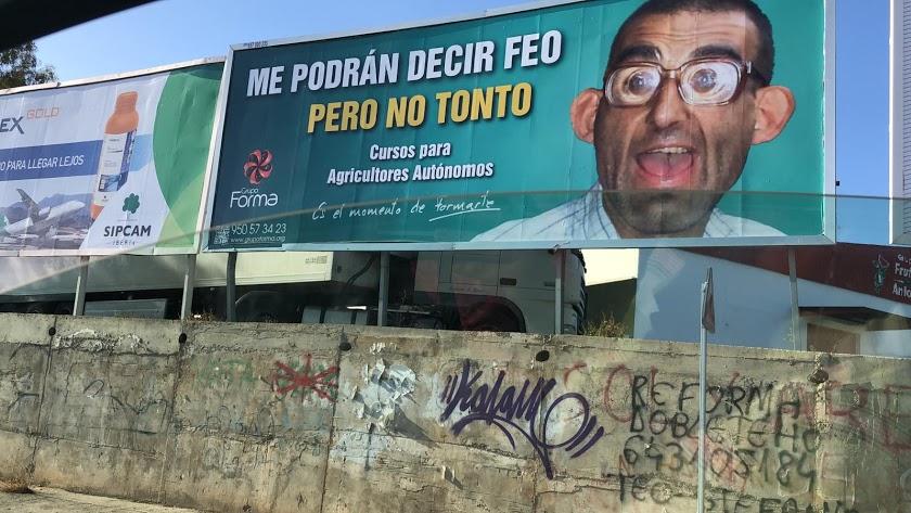 """""""Me podrán decir feo pero no tonto"""": la publicidad que indigna a los agricultores"""
