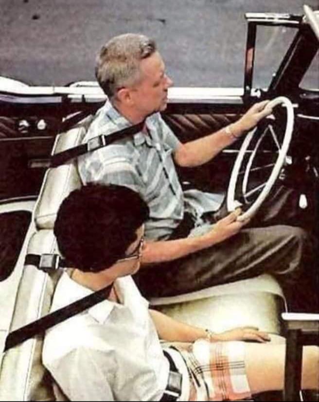 Diseño conceptual de cinturón de seguridad en 1960