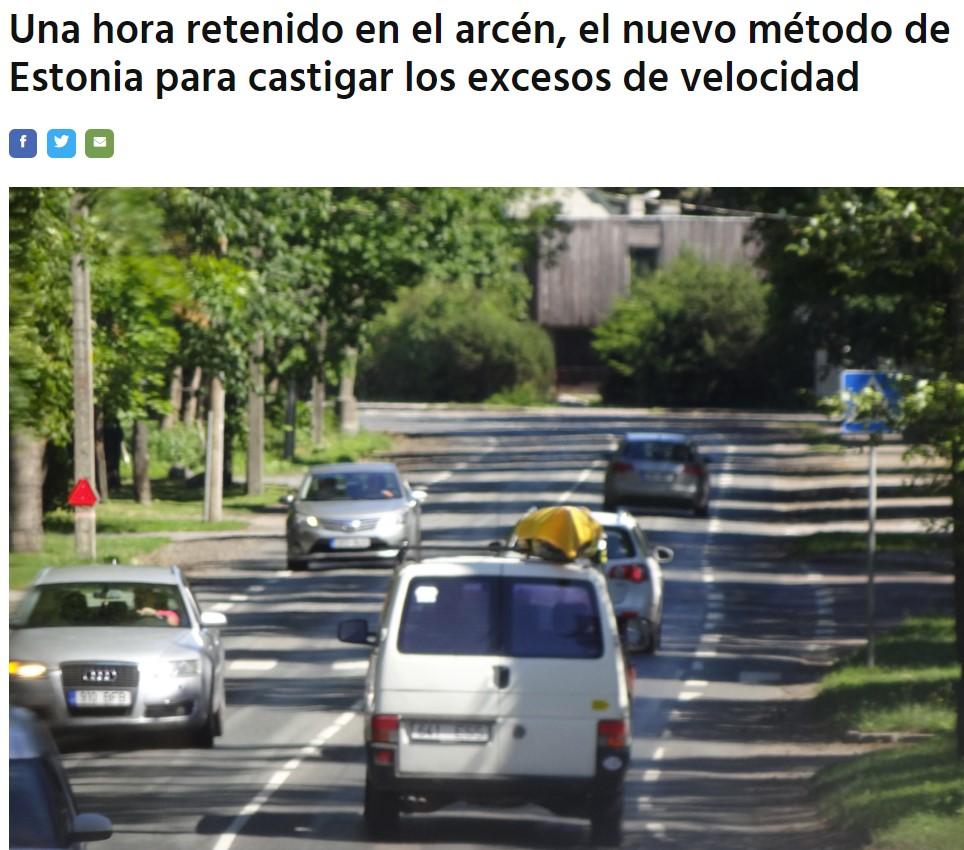 """Juanito, castigado contra la pared"""