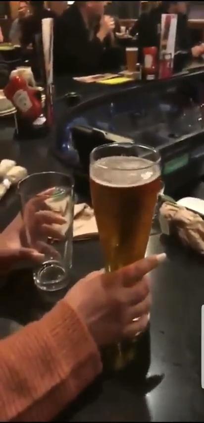 """Comparando el vaso """"pequeño"""" con el vaso """"grande"""""""