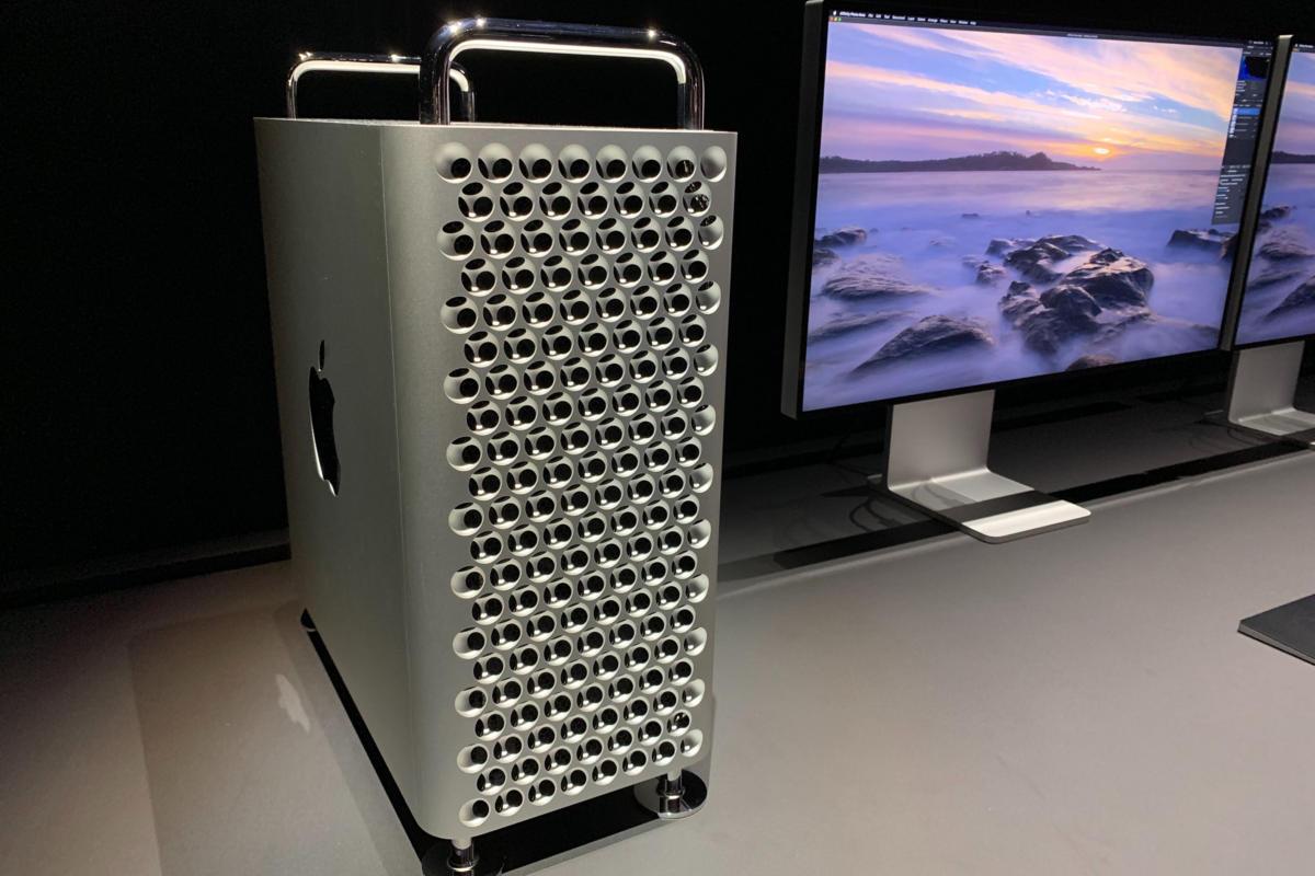 Ya está aquí el Mac Pro de Apple: El más potente cuesta 62.648 euros a los que deberás añadir 480 euros si lo quieres con ruedas, más otros 7.817 euros por el monitor Pro Display XDR