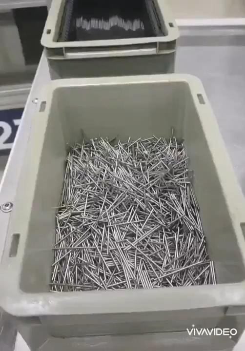 Cómo organizar mil clavos sin ni siquiera tocarlos