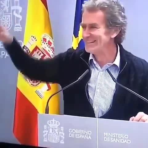 Fernando Simón detrás de las cámaras
