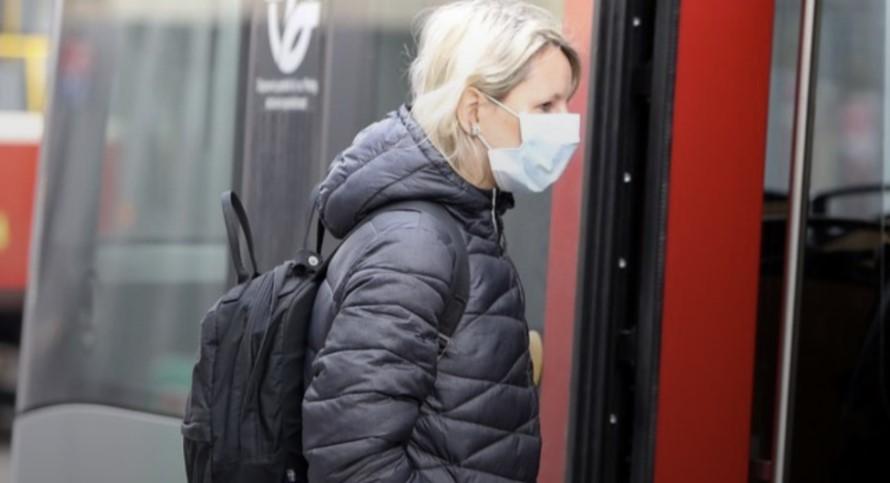 El uso de máscaras obligatorias en República Checa aplasta la curva