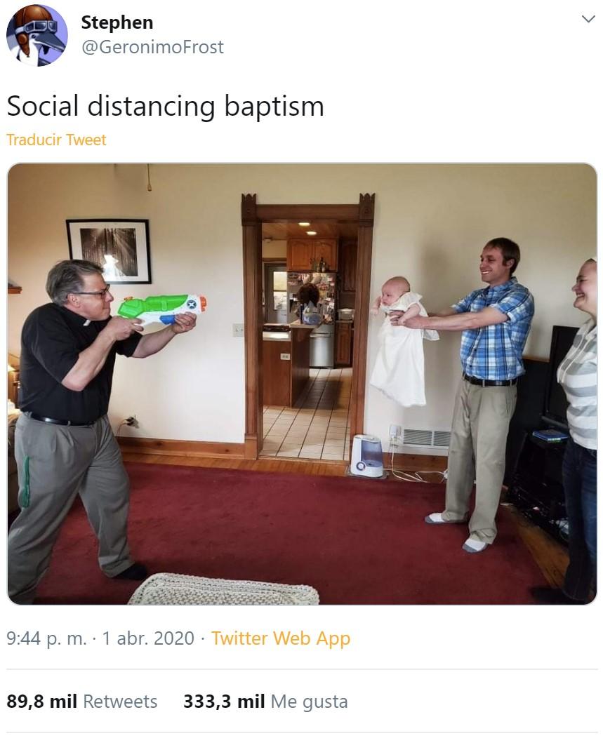 El distanciamiento social llega a los bautizos