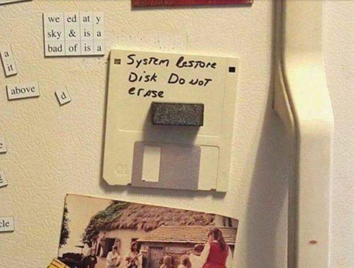 Mientras tanto, en las peores pesadillas de los trabajadores de servicio técnico...
