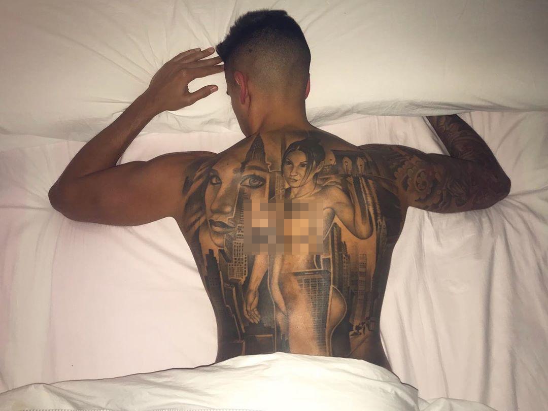El típico tatuaje del que nunca te arrepientes... 🙄