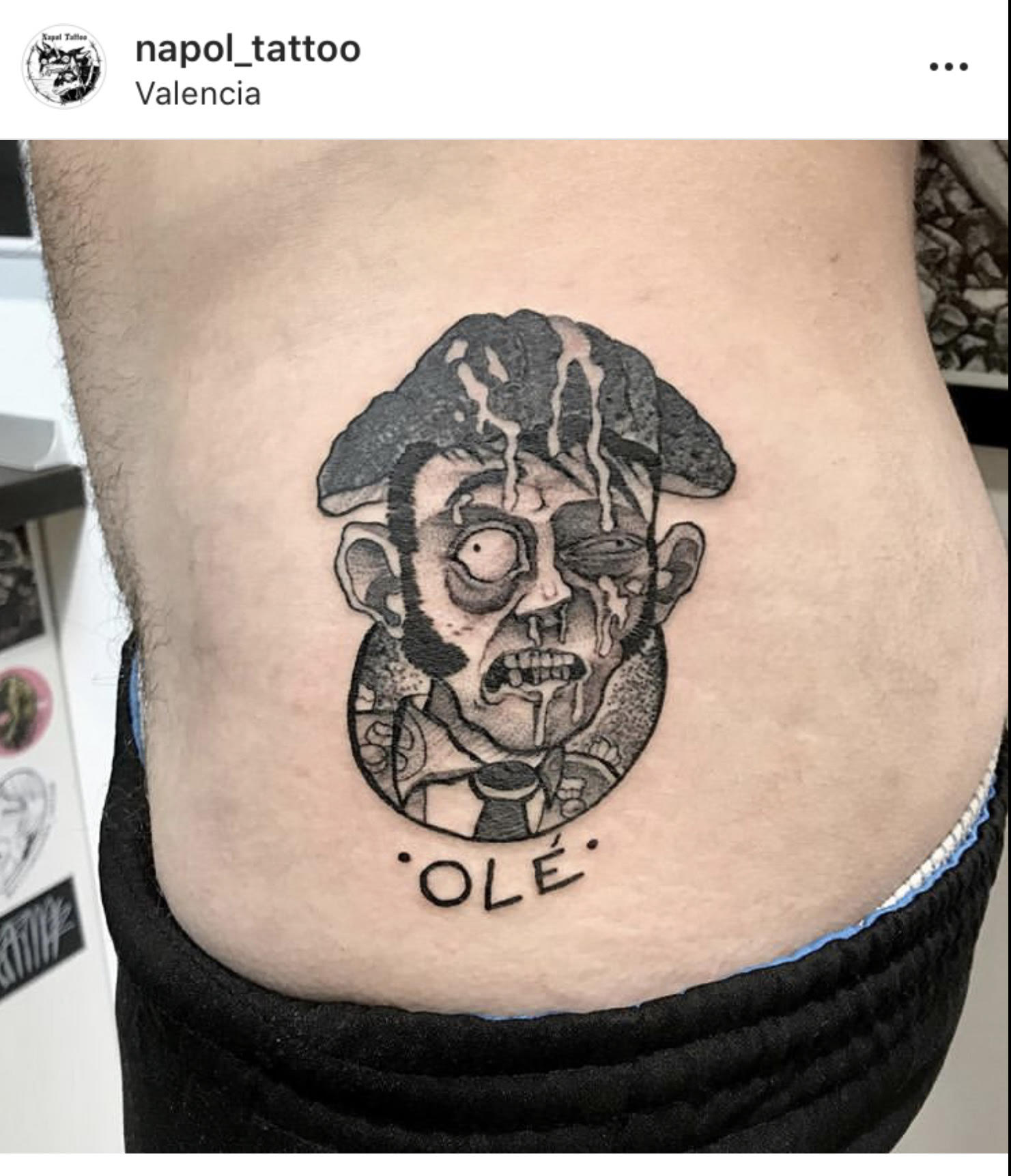 Más tatuajes bizarros de Napol Tattoo