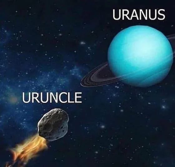 """Post recordatorio de que en inglés, uno de los planetas del sistema solar se llama """"TUANO"""""""