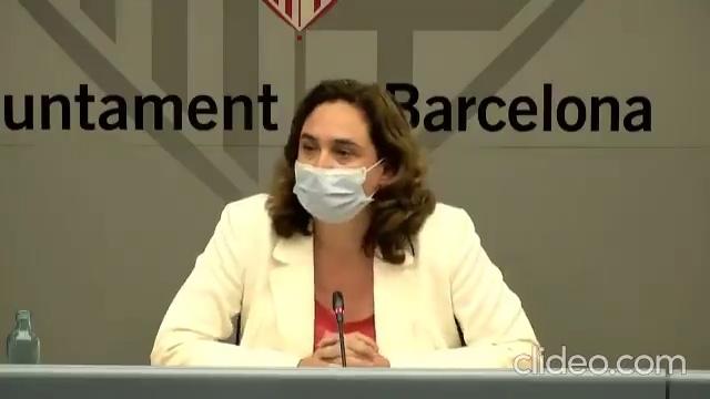El Govern recomienda no salir de casa en Barcelona, y la familia de la alcaldesa... dando ejemplo