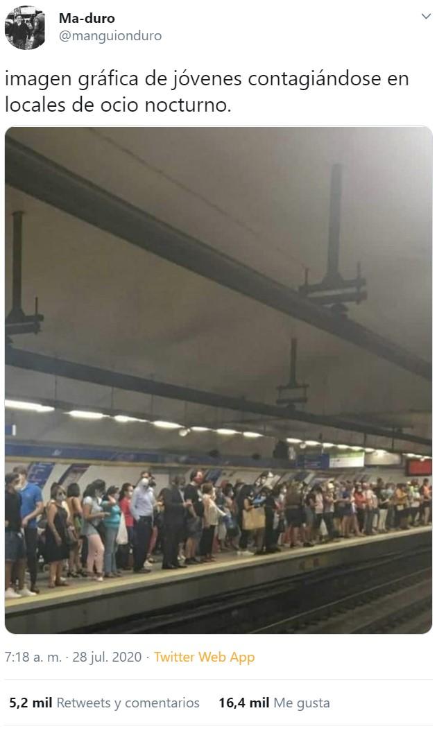 Fácil: montamos fiestas en el metro, y por lo menos pillamos el bicho de jajas