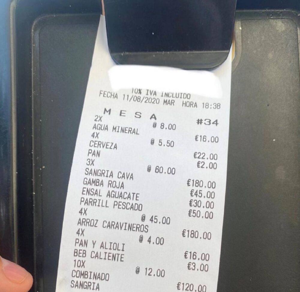 180 euros por 3 jarras de sangría...