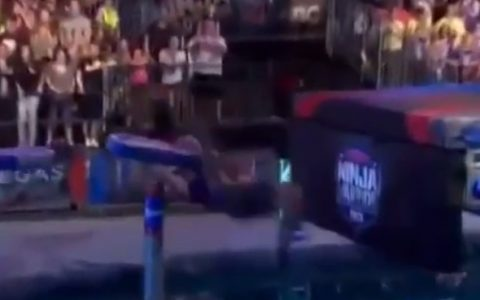 Espectacular salvada en el Ninja Warrior
