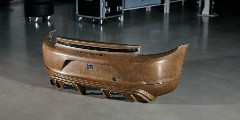 Porsche apuesta por un material a base de lino como sustituto ecológico de la fibra de carbono