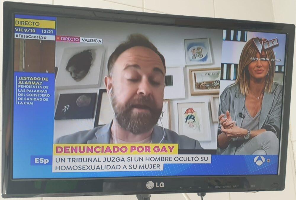 """""""Denunciado por gay"""""""