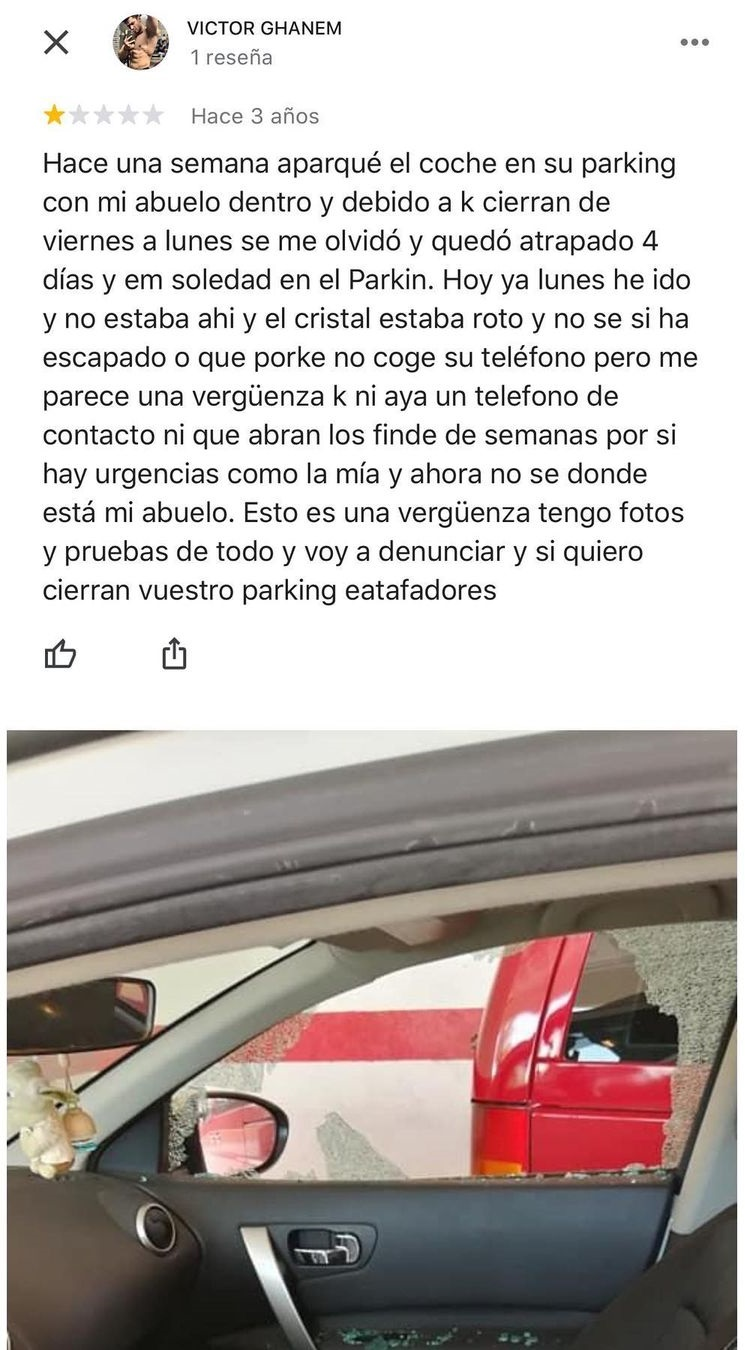 Inquietante reseña de un parking en Google...