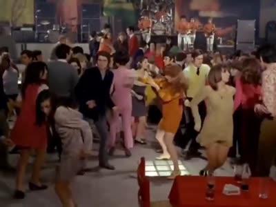 La música cambia, los bailes... no tanto