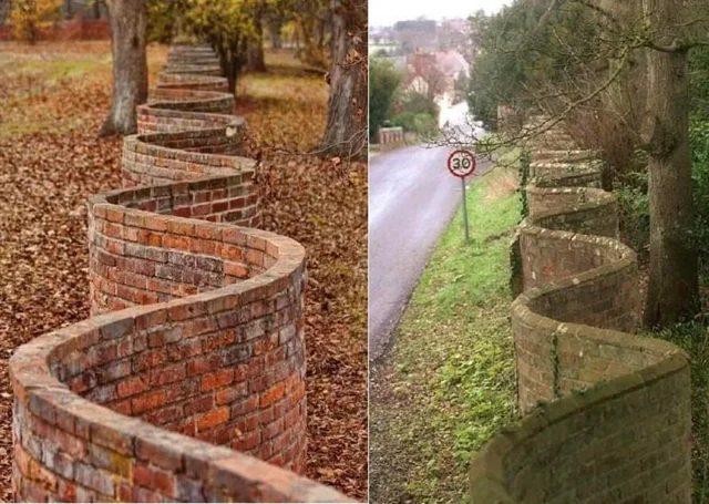 En Inglaterra a menudo hacen muros en forma de ola para ahorrar ladrillos. Mientras que un muro normal necesita pilares y doble ladrillo la estructura en arco actúa como refuerzo.