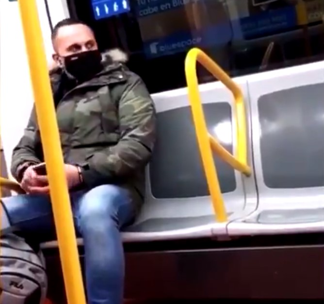 Basura andante of the day: аtаque racista en el metro de Madrid