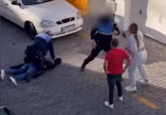 ¿Se puede grabar a un policía? | Finolier poli vs finolier abogado... FIGHT!