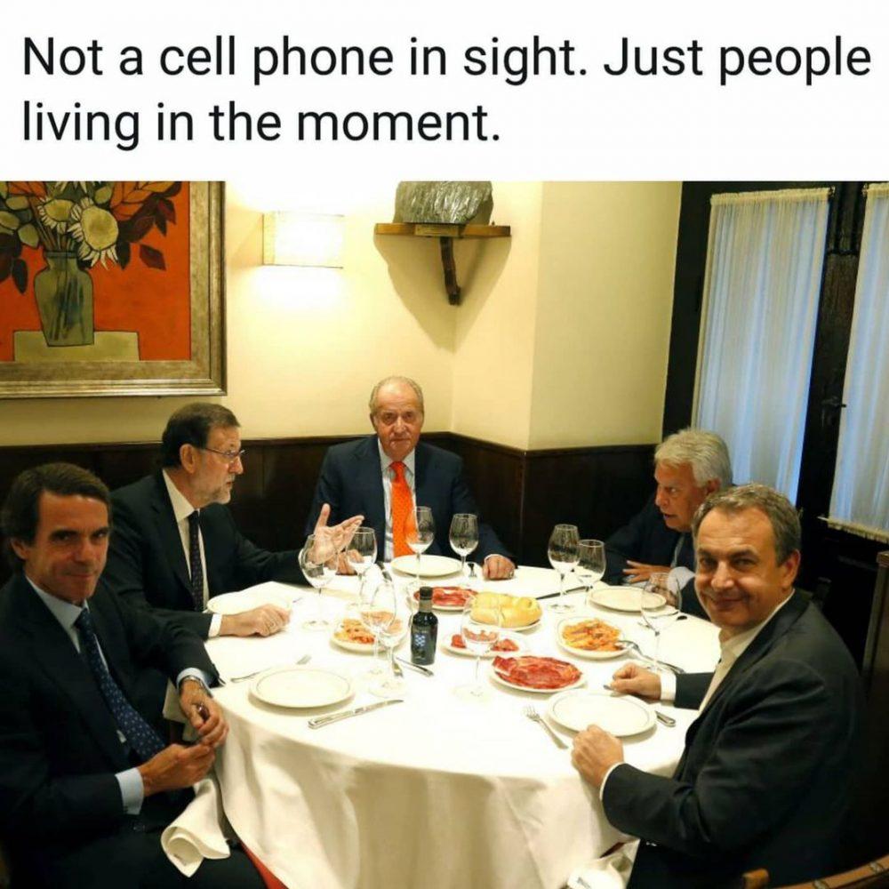 No hay nada que una más que el Rey Juan Carlos, el jamón de bellota y las cigalas.