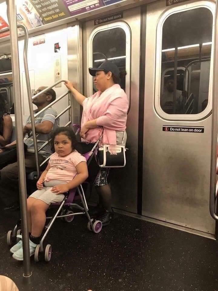 Señora, la niña necesita ya un Twingo