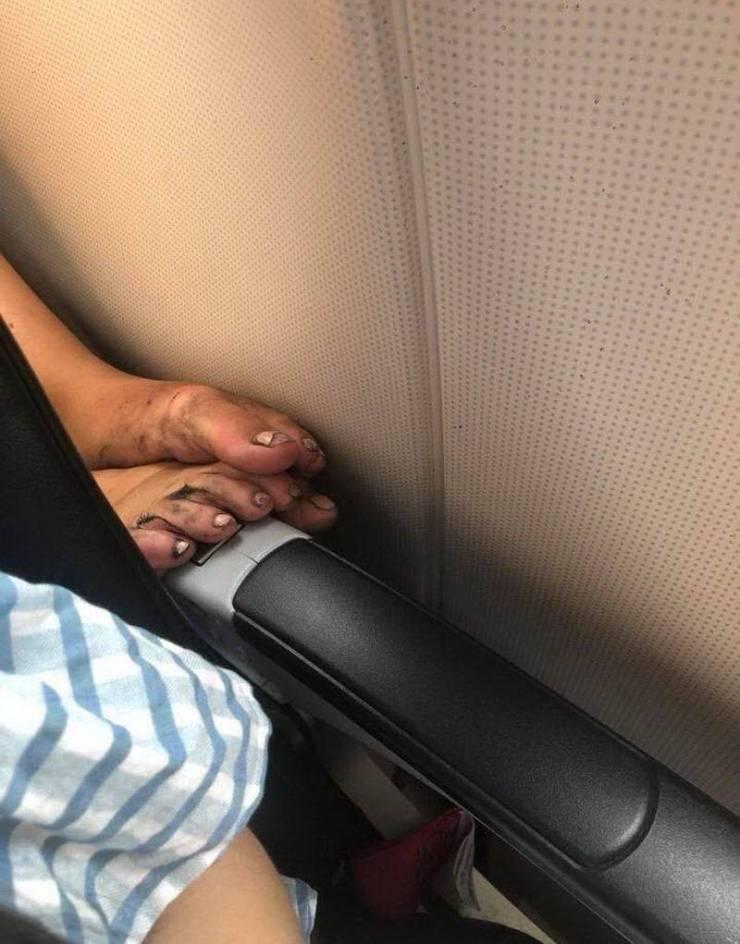 Cuando uses aviones, autobuses, hoteles, airbnb... recuerda esta imagen