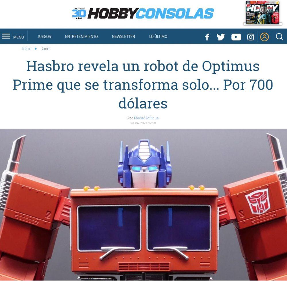 Hasbro lanza una figura de Optimus Prime que se autoconvierte gracias a 27 servomotores, controlada por voz (y app móvil)