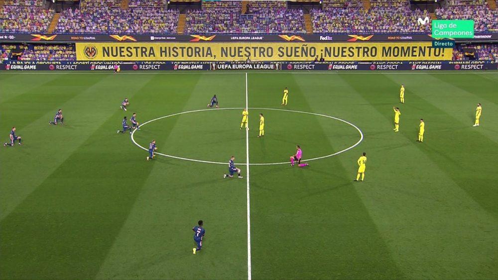 Los jugadores del Villareal se niegan a arrodillarse por el BLM en su partido ante el Arsenal.