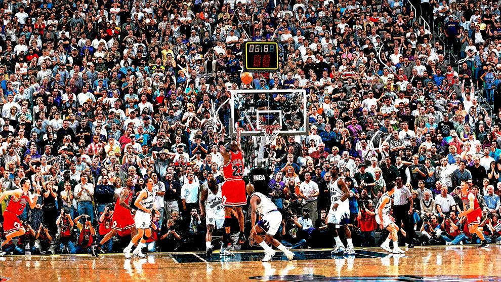 """Hoy se cumplen 23 años de uno de los momentos más míticos de la historia de la NBA: """"THE LAST SHOT"""", el tiro con el que Michael Jordan le dio el 6º anillo a los Chicago Bulls."""