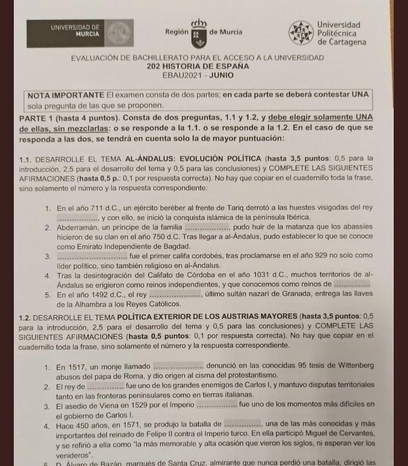 La EVAU en Murcia parece un examen de primaria
