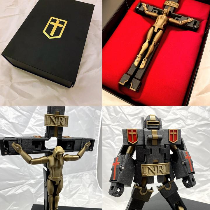 ¿Quieres tener tu propio Optimus Christ? Por 8 euros puedes descargarte los archivos necesarios para imprimirte uno