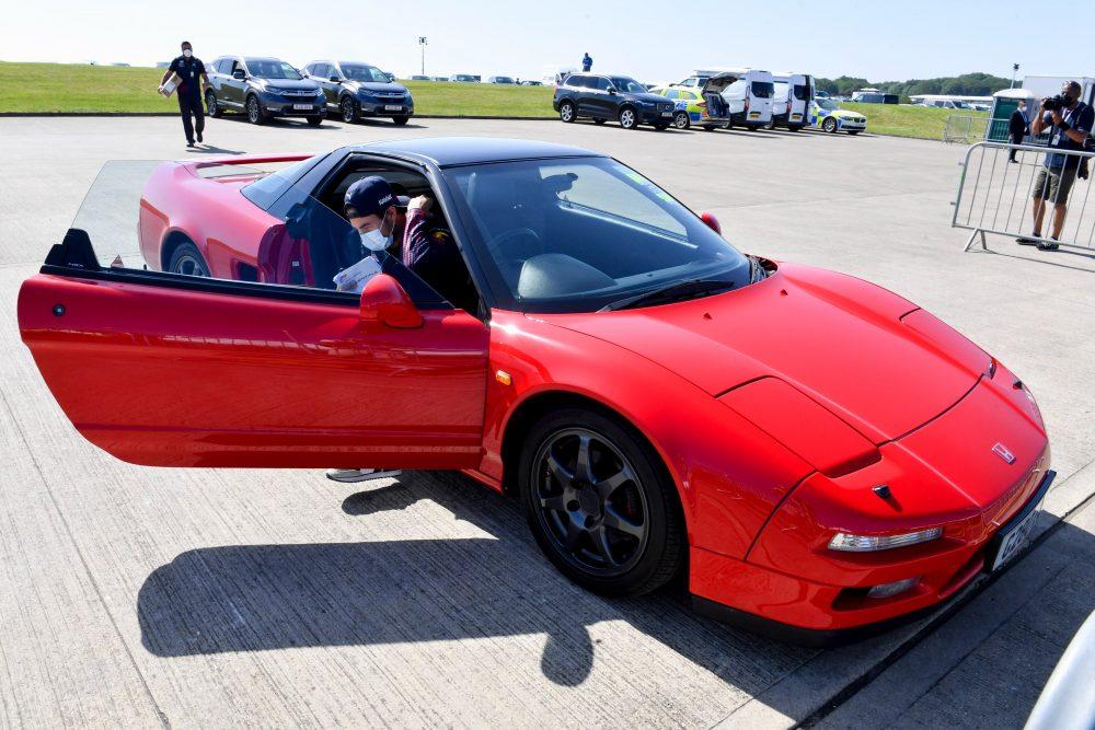 Checo Pérez llega a Silverstone en el coche más bonito que Honda fabricó jamás: El NSX