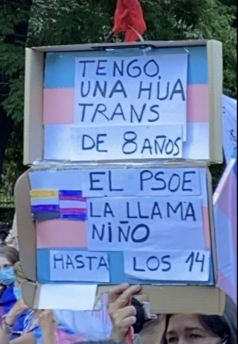 Maldito PSOE transfóbico...