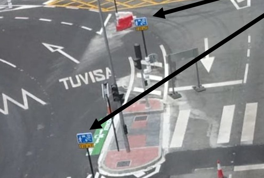 """Ponen una señal en la que se permiten """"juegos y deporte"""" en el nuevo cruce caótico de Vitoria que parece un jeroglífico"""