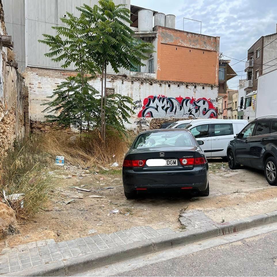 Vecinos de parking colegas
