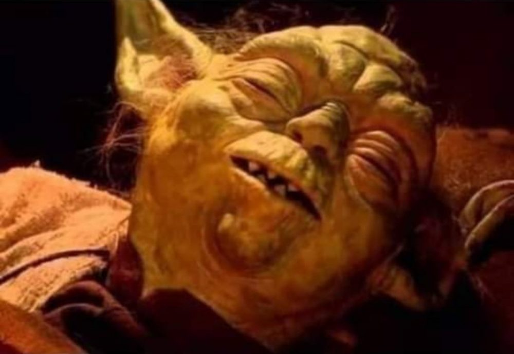 Ahora que tengo hijos por fin entiendo aquella escena del Retorno del Jedi cuando Yoda está tan cansado de responder a las preguntas de Luke, que mejor se muere